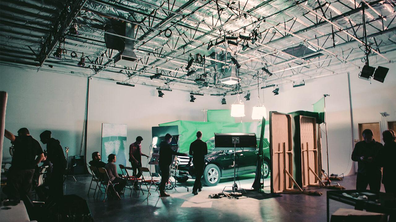 Carpool Karaoke On Green Screen Behind The Scenes | Mac House